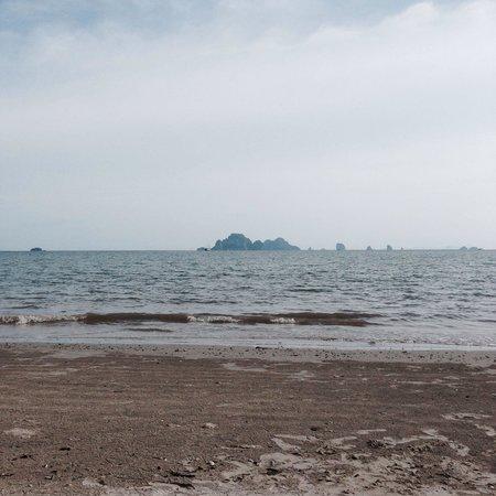 Sandbeach Bungalow: Sand beach