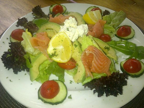 Abbey Rose : The health choice - smoked salmon salad