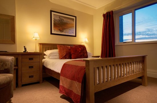 The Ryebeck: One of our lake view rooms.