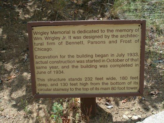 Wrigley Memorial & Botanic Garden: sign at the Garden