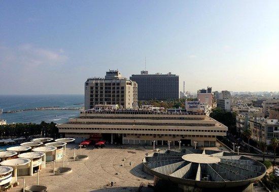 Herods Tel Aviv : С балкона 10 этажа.