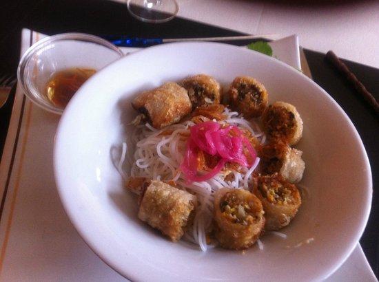 Zenazia : Salade de Nems