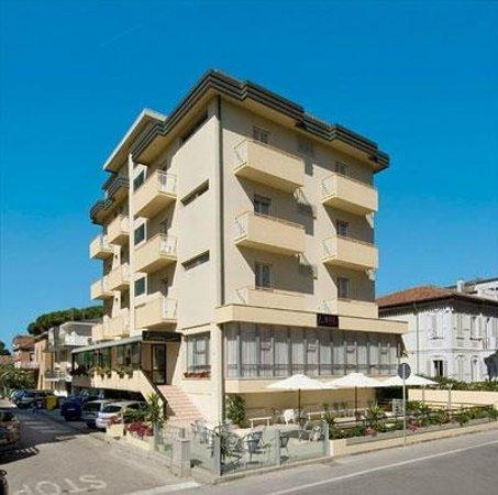 Hotel Kiss 3 stelle Viserba di Rimini