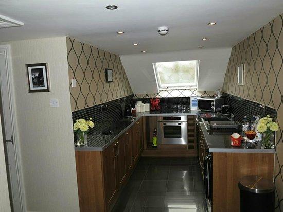Hideaway at Herrington Hill: Kitchen area