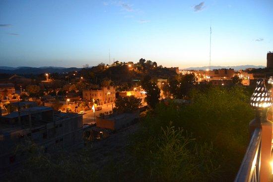 Kenzi Azghor: Vista do terraço