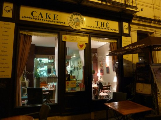 Cak't : Night view of restaurant
