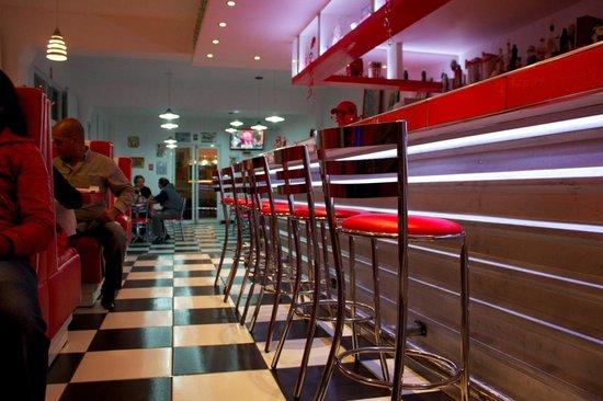 Hotel Club Azucena: Bar