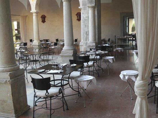 Pousada de Tavira Historic Hotel: Ontbijten of dineren
