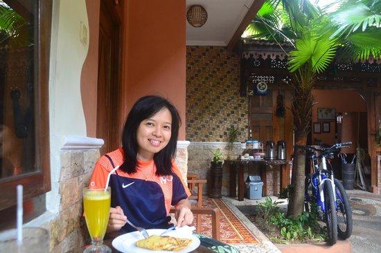 Hotel 1001 Malam: Breakfast time