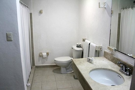 Sotavento Hotel & Yacht Club: Bathroom.