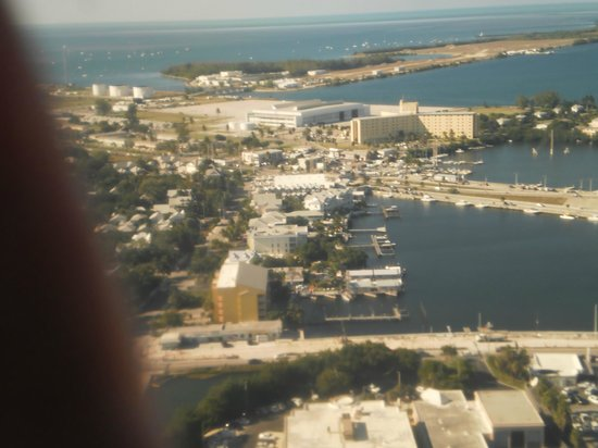 Harborside Motel & Marina : Aerial view of the Bight
