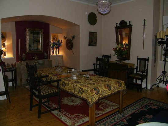 St Rule House: gorgeous dining room-cadles, linens, great service-personal