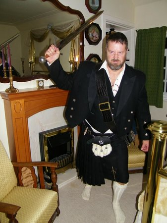St Rule House: hubby dressed in trad scot attire:)))