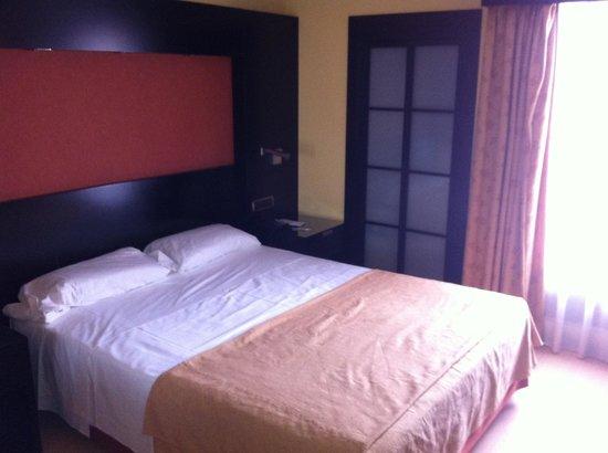 Intur Castellon Hotel: Cama