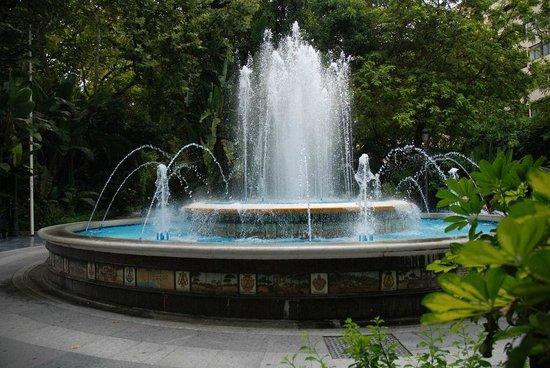 Fontana Giardino Alameda  di Fronte Hotel San Cristobal