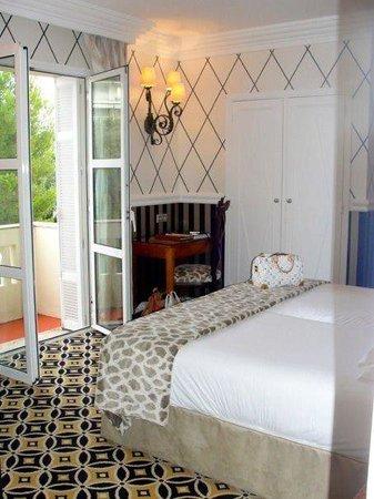 Hotel Belles Rives : The room
