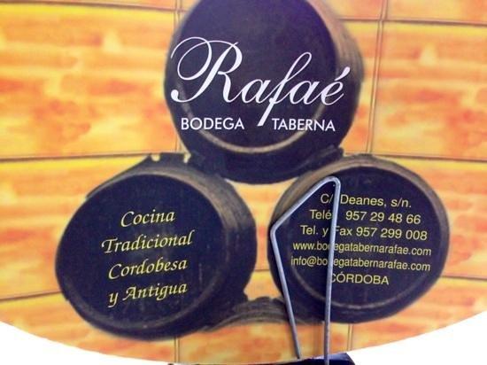 Bodega Taberna Rafae : por si necesitas reservar ...