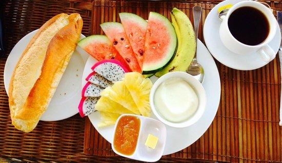 Ha Van Hotel: Breakfast
