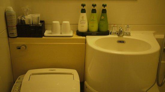 Dotonbori Hotel: 資生堂沐浴系列