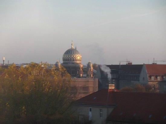 Eurostars Berlin Hotel: vista de manhã do apartamento