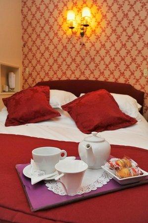 Hotel George Sand: Petit déjeuner en chambre