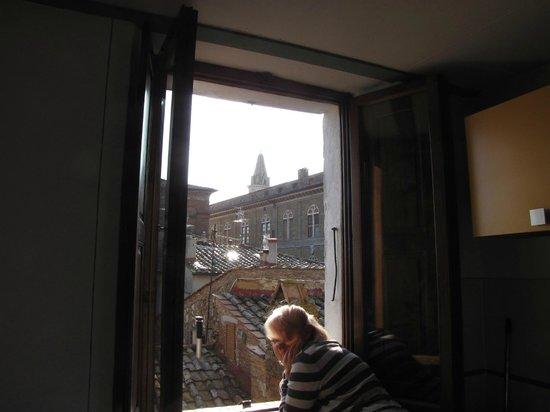 Camere il Giglio: Vista su Palazzo Piccolomini e il Duomo