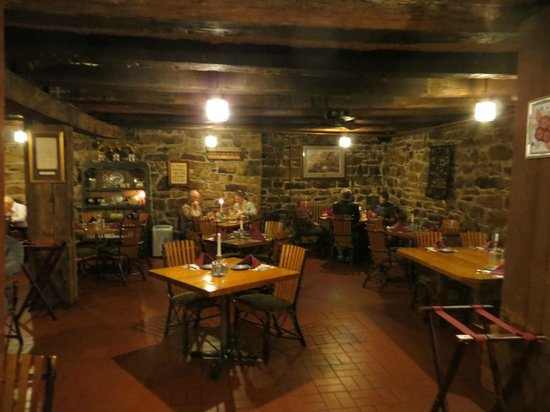 Jean Bonnet Tavern B & B: the basement (first floor) restaurant