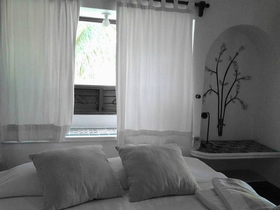 Mahekal Beach Resort: beautiful room