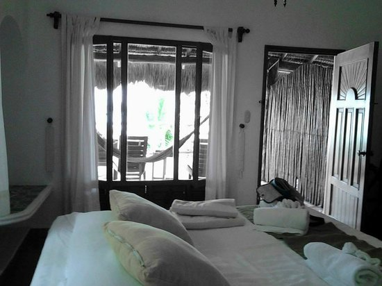 Mahekal Beach Resort: our room