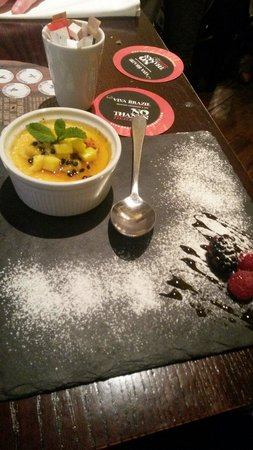 Viva Brazil : Passionfruit creme brule, oh my goodness, it's to die for!!!