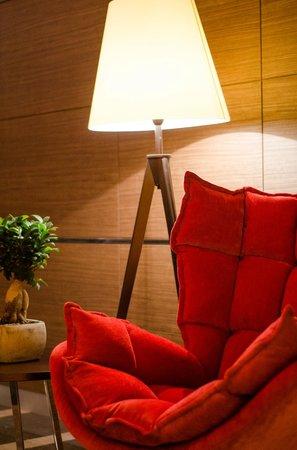 Rescate Hotel Asia: Lobby