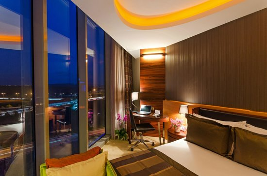 Rescate Hotel Asia : Room