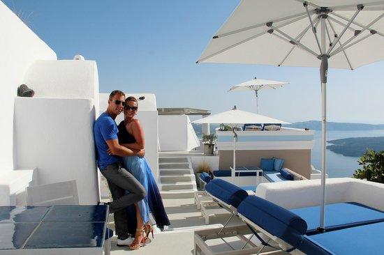 Iconic Santorini, a boutique cave hotel: около номера