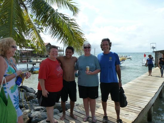 Roatan Eco Tour. Snorkeling Tours: Snorkeling with Alex and Javier