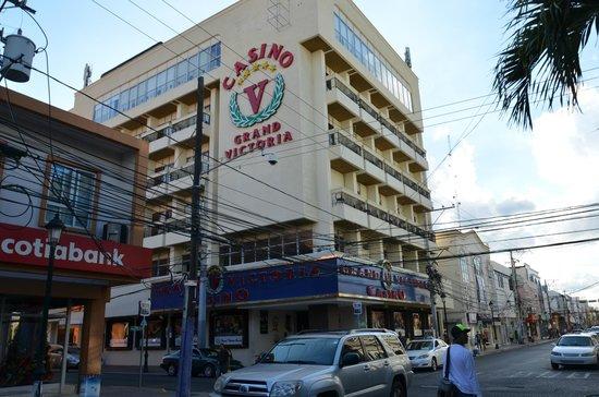 Hodelpa Centro Plaza Hotel: VISTA DA RUA