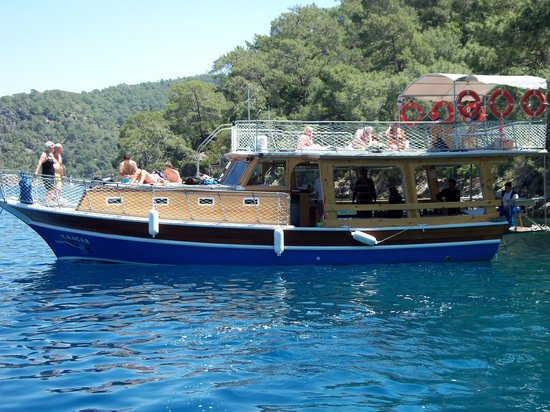 Kacar Boat