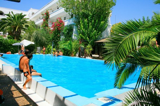 Club Hotel Iliochari: SWIMMING POOL