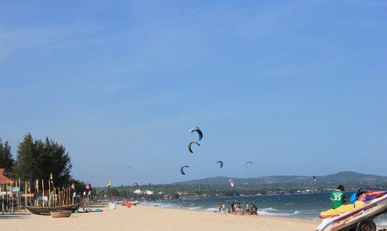 Cham Villas : Пляж