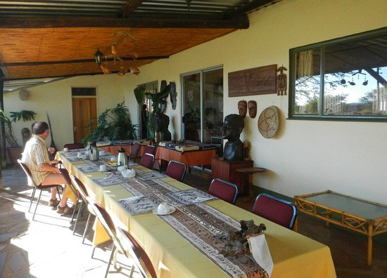 Etango Ranch Guest Farm: dining area