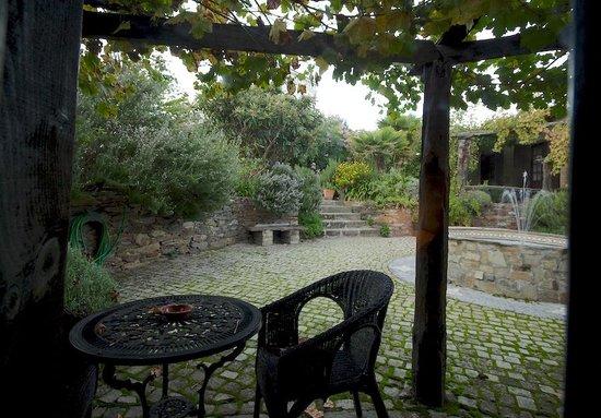 Casa do Visconde de Chanceleiros: View from our room into the courtyard.