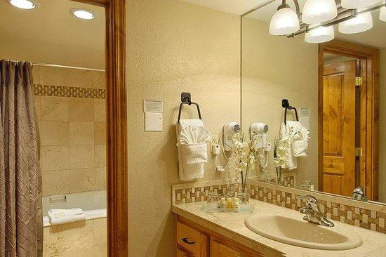 Silver King Hotel: Sk Bathroom