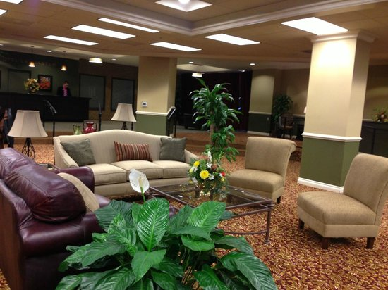 The Hotel Lancaster: Comfortable and Inviting Lobby