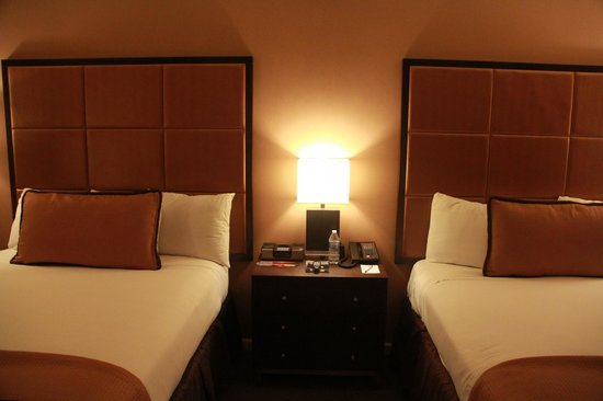 Mariposa Inn and Suites: Room 218