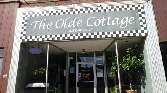 The Olde Cottage: Previously known as the White Cottage