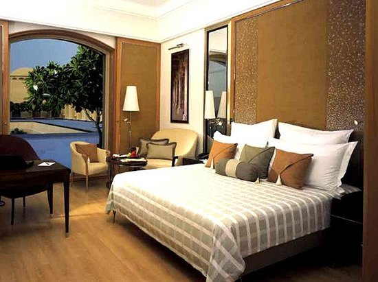 Trident, Gurgaon: Deluxe Room with King size bed
