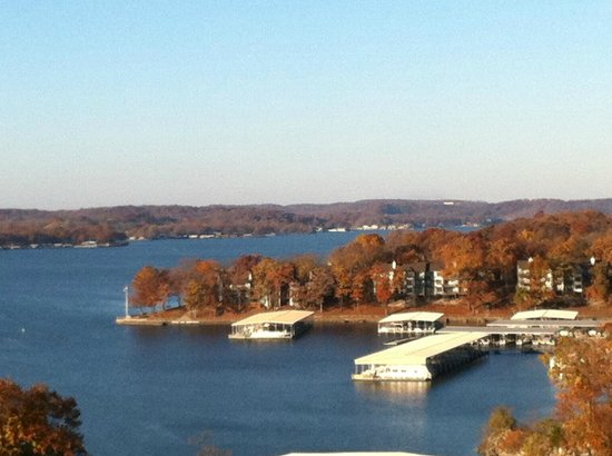 Lodge of  Four Seasons : Lakeview from the room