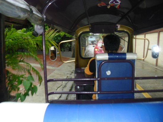 iCheck inn Mayfair Pratunam: tuktuk