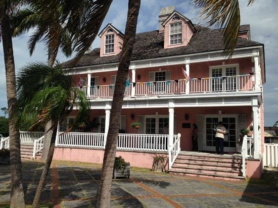 Island Resort and Golf Club: Island Fragrances perfume factory Freeport