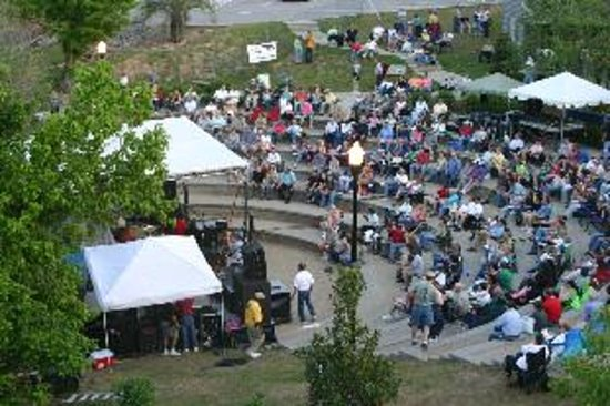 West Columbia Riverwalk Amphitheater Picture Of West Columbia South Carolina Tripadvisor