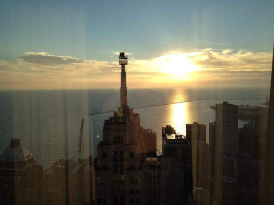 Four Seasons Hotel Chicago : Sunup